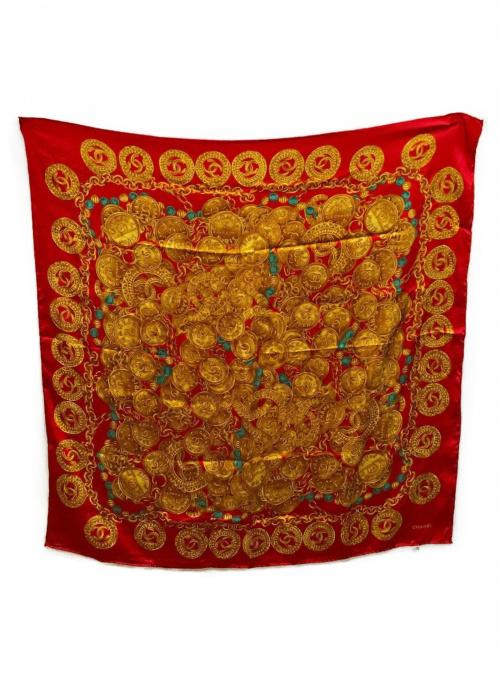 CHANEL(シャネル)CHANEL (シャネル) 総柄シルクスカーフ レッド×ベージュの古着・服飾アイテム