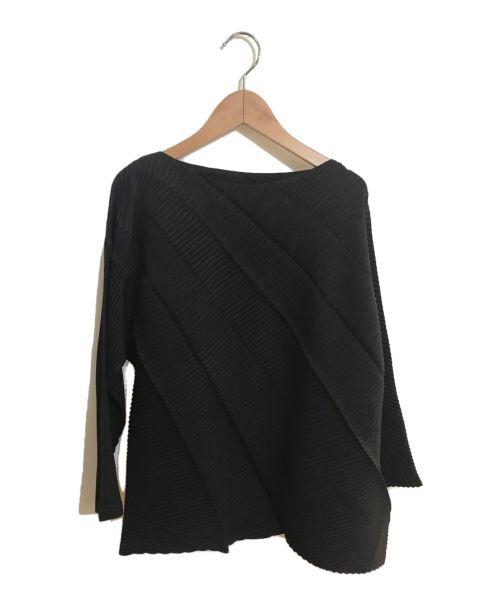 ISSEY MIYAKE(イッセイミヤケ)ISSEY MIYAKE (イッセイミヤケ) プリーツカットソー ブラック サイズ:2の古着・服飾アイテム
