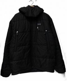 Patagonia(パタゴニア)の古着「パフフーディージャケット」 ブラック