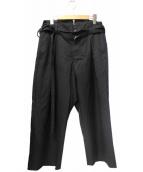 BARNEYS NEWYORK HIGH-LINE COLLECTION(バーニーズニューヨーク ハイラインコレクション)の古着「ハイウエストデザインタックパンツ」|ブラック