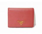 PRADA(プラダ)の古着「サフィアーノ2つ折り財布」|ピンク