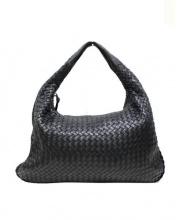 BOTTEGA VENETA(ボッテガベネタ)の古着「イントレチャートワンショルダーバッグ」|ブラック