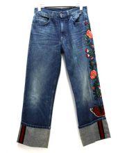 GUCCI(グッチ)の古着「フラワー刺繍ロールアップバギーデニム」|インディゴ