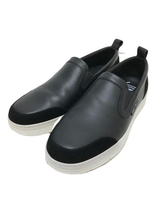 JIMMY CHOO(ジミーチュウ)JIMMY CHOO (ジミーチュウ) レザースリッポン ブラック×ホワイト サイズ:EU42の古着・服飾アイテム