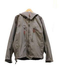 ARCTERYX(アークテリクス)の古着「Alpha LT Jacket」 グレー