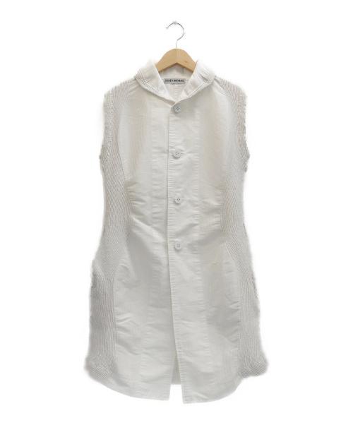 ISSEY MIYAKE(イッセイミヤケ)ISSEY MIYAKE (イッセイミヤケ) ノースリーブワンピース ホワイト サイズ:表記サイズ:2の古着・服飾アイテム