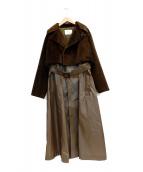 TOGA PULLA(トーガ プルラ)の古着「フェイクファーレイヤードロングコート」|ブラウン