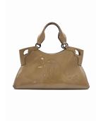 Cartier(カルティエ)の古着「パテントレザーハンドバッグ」|ベージュ