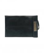 N°21(ヌメロヴェントゥーノ)の古着「ロゴレザークラッチバッグ」|ブラック