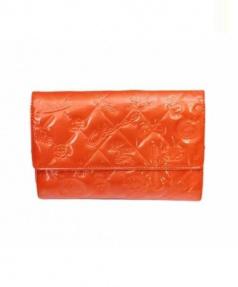 CHANEL(シャネル)の古着「2つ折り財布」 オレンジ