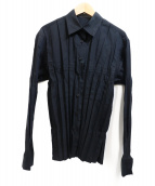 ISSEY MIYAKE FETE(イッセイミヤケ フェット)の古着「プリーツシャツ」|ブラック