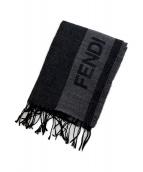 FENDI(フェンディ)の古着「ロゴストール」 グレー
