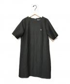 FRED PERRY(フレッドペリー)の古着「Aラインワンピース」|ブラック