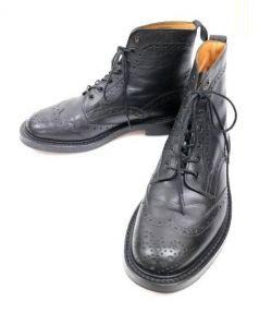 Trickers(トリッカーズ)の古着「メダリオンカントリーブーツ」|ブラック