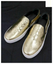 CELINE(セリーヌ)の古着「スリッポン」|ゴールド