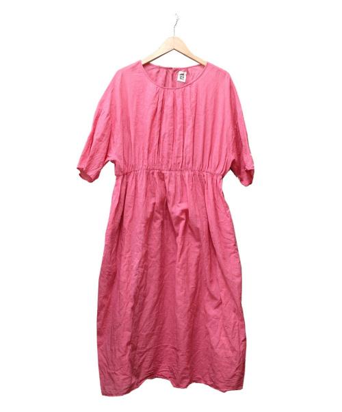 pat and tea(ポットアンドティー)pat and tea (ポットアンドティー) ローンウエストギャザーワンピース ピンク サイズ:FREEの古着・服飾アイテム