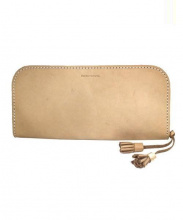 Hender Scheme(エンダースキーマ)の古着「ラウンドレザー長財布」|ベージュ