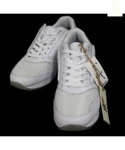 BROOKS(ブルックス)の古着「ローカットスニーカー」|ホワイト