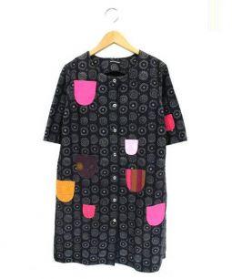 marimekko(マリメッコ)の古着「Nadja KIHLATASKUワンピース」|ブラック