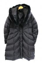 DAMA collection(ダーマ・コレクション)の古着「ブルーフォックスファー付ダウンコート」|ブラック
