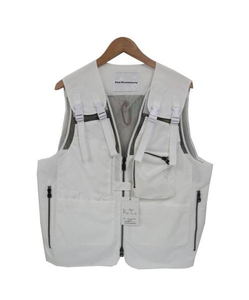 WHITE MOUNTAINEERING(ホワイト マウンテニアリング)WHITE MOUNTAINEERING (ホワイト マウンテニアリング) バックメッシュフィンシングベスト ホワイト サイズ:2の古着・服飾アイテム