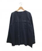HOMME PLISSE ISSEY MIYAKE(オムプリッセイッセイミヤケ)の古着「リネン混ノーカラーシャツ」 ネイビー