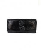 Yves Saint Laurent(イブサンローラン)の古着「ロゴ入パテントレザー長財布」 ブラック