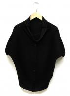 ISSEY MIYAKE(イッセイミヤケ)の古着「プリーツシャツブラウス」 ブラック