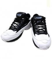 adidas×RAF SIMONS(アディダス ラフシモンズ)の古着「ローカットスニーカー」|ホワイト×ブラック