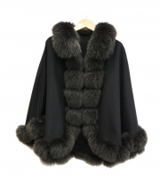 SAGA FURS(サガファー)の古着「カシミヤケープポンチョ」|ブラック