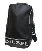DIESEL(ディーゼル)の古着「ペイント調レザーボディーバッグ」|ブラック