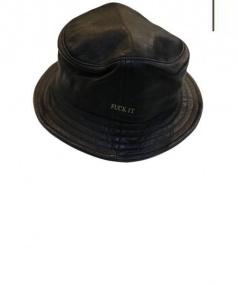 HUF(ハフ)の古着「LEATHER FUCK IT BUCKET HAT」 ブラック