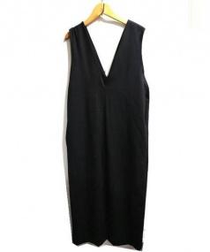 Adam et Rope(アダム エ ロペ)の古着「Vネックジャンパースカート」|ブラック