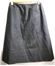 CHANEL(シャネル)の古着「ココプレートウールスカート」|グレー
