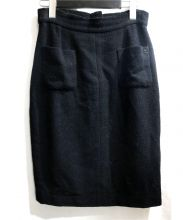 CHANEL(シャネル)の古着「ココプレートつきスカート」|ブラック