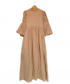 LAGUNA MOON(ラグナムーン)の古着「フレアーショルダーメイデンワンピース」|ベージュ