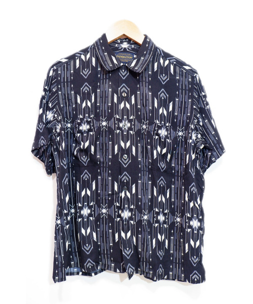 PENDLETON(ペンドルトン)PENDLETON (ペンドルトン) ショートスリーブレーヨンシャツ ブラック サイズ:Sの古着・服飾アイテム