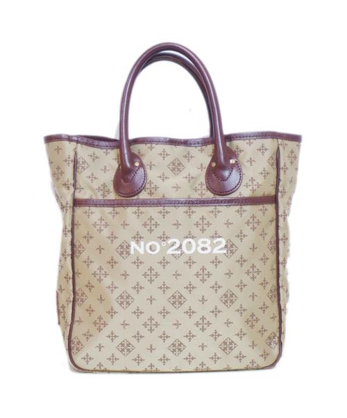 russet(ラシット)russet (ラシット) ハンドバッグ ベージュ サイズ:採寸参考 NO°2082 MODELの古着・服飾アイテム