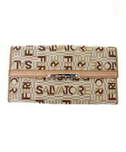 Salvatore Ferragamo(サルヴァトーレ・フェラガモ)の古着「3つ折り財布」|ベージュ