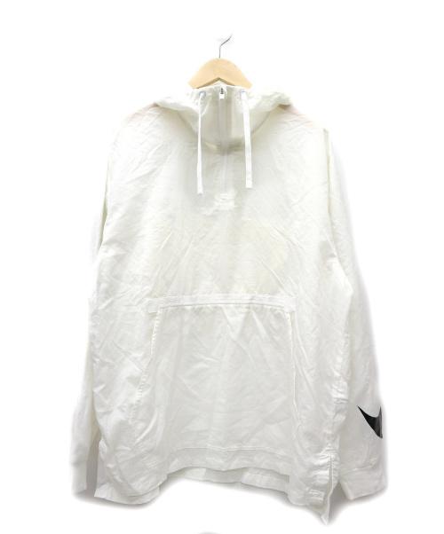 NIKE(ナイキ)NIKE (ナイキ) スウッシュスリーブナイロンアノラック ホワイト サイズ:XL WOVEN PKBL HOOD JKの古着・服飾アイテム