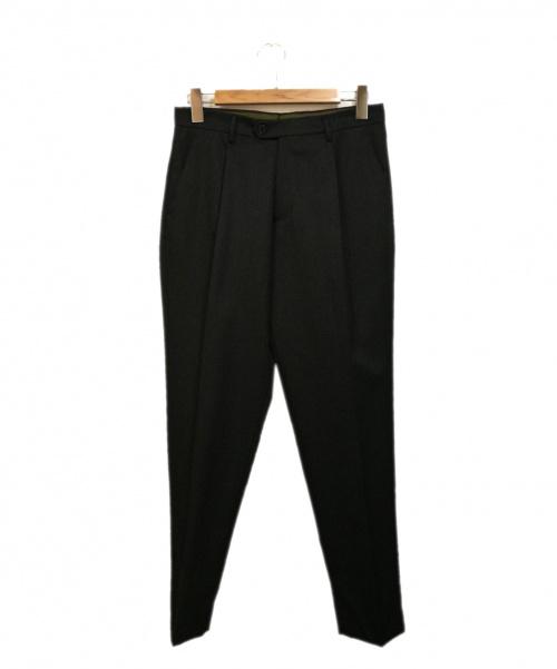 BERWICH(ベルウィッチ)BERWICH (ベルウィッチ) タックテーパードパンツ ブラック サイズ:44の古着・服飾アイテム