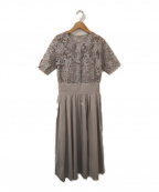 LAGUNA MOON(ラグナムーン)の古着「オーバーレースギャザードレス」|グレー