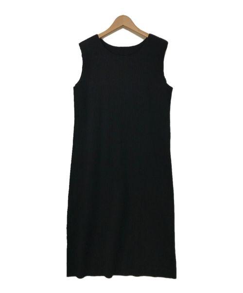 me ISSEY MIYAKE(ミー イッセイミヤケ)me ISSEY MIYAKE (ミー イッセイミヤケ) プリーツノースリーブワンピース ブラック サイズ:表記なしの古着・服飾アイテム