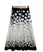 agnes b(アニエスベー)の古着「ランダムドットスカート」|ホワイト×ブラック