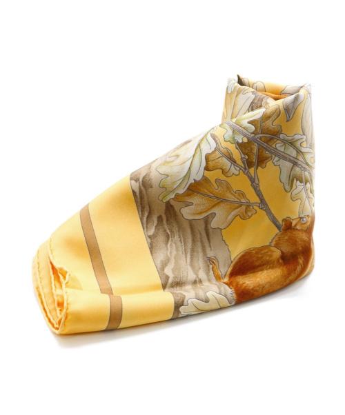 HERMES(エルメス)HERMES (エルメス) くるみ割りスカーフ ブラウン×イエロー カレ90 CASSE NOISETTEの古着・服飾アイテム