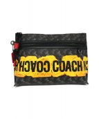COACH(コーチ)の古着「CARRYALL POUCH」|ブラック