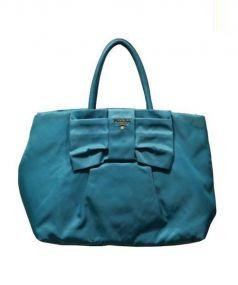 PRADA(プラダ)の古着「リボンナイロントートバッグ」 ブルー
