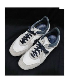 SOME ARE THIEVES(サムアーシーブス)の古着「ローカットスニーカー」|ホワイト