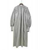FUMIKA UCHIDA(フミカ ウチダ)の古着「SILK SHANTUNG SMOCKKING DRESS」|グレー