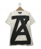 ANREALAGE(アンリアレイジ)の古着「AZ logo tee Tシャツ」|ホワイト×ブラック